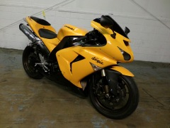 Kawasaki ZX10R Two bros pipe sportbike custom